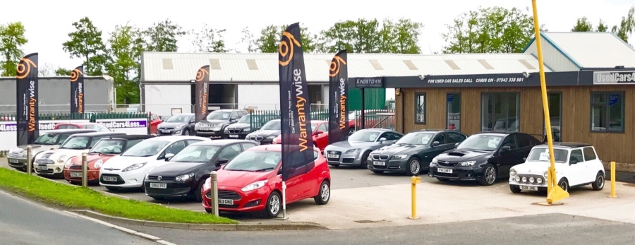 UsedCars4Less forecourt